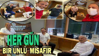 akçakoca da yeni TREND Esat Sarıoğlu'nun dükkanın da fotoraf çektirmek